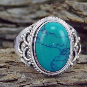 Jewelry - SZ7 VINTAGE LOOKING SILVER & TURQUOISE RING